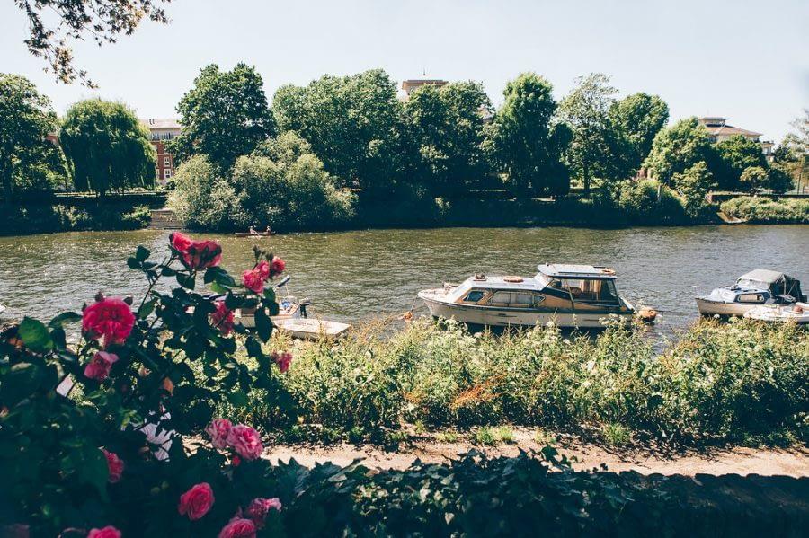 Richmond riverside, Bingham Riverhouse Wedding Photographer, Richmond Upon Thames, Surrey Wedding Photographer, Female Wedding Photographer