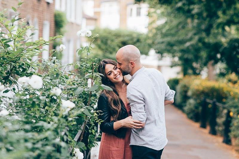 unique pre-wedding photos