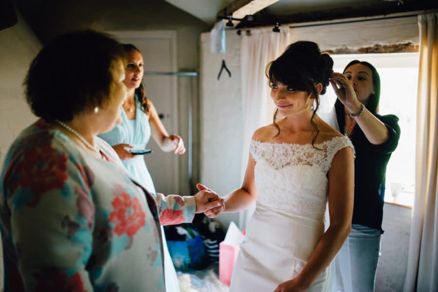 bury court barn wedding photographer